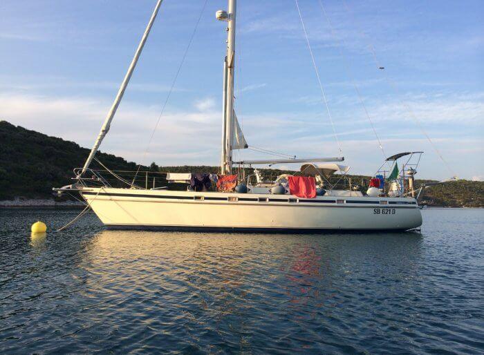58 Rollbar Solar Panels Asseaboat Contest3